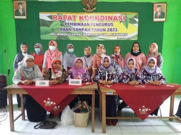 Rapat Koordinasi dan Pembinaan Bank Sampah Kelurahan Borokulon