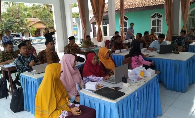 Konferensi Sekdes dan Seklur bulan September